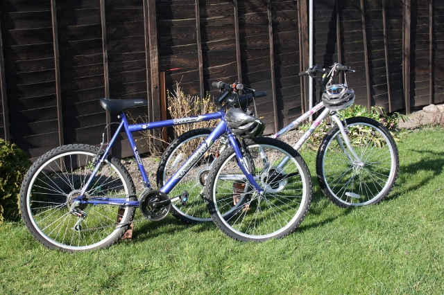 His and hers cycles